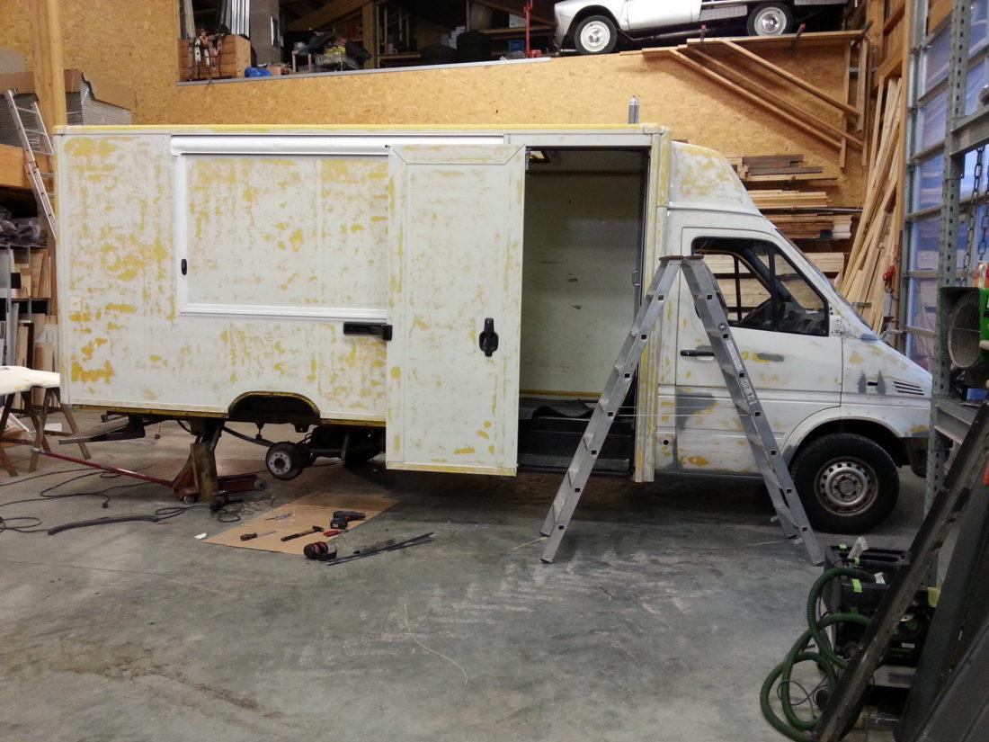 wir bauen einen pizza truck pizza innovazione. Black Bedroom Furniture Sets. Home Design Ideas