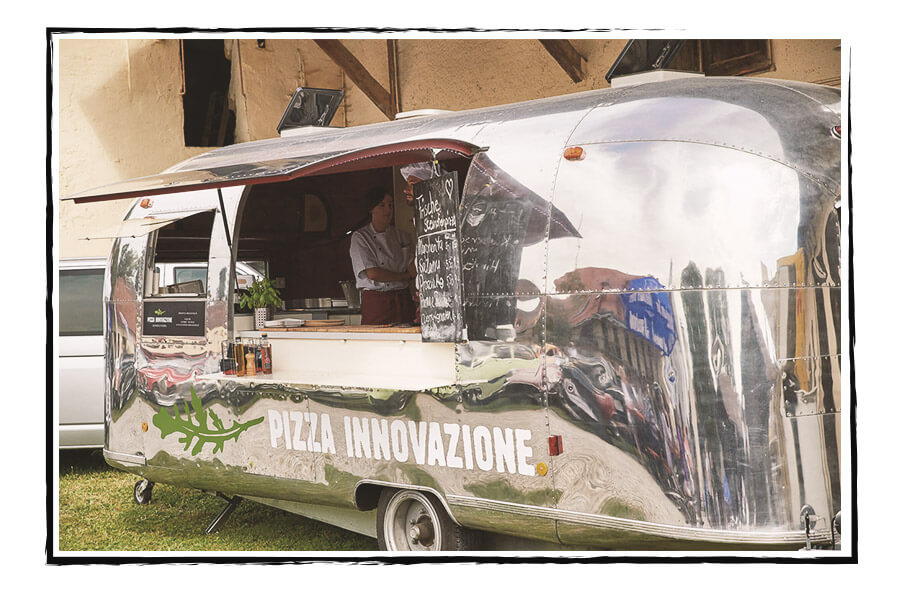 hochzeiten-catering-mobile-pizzeria-airstream